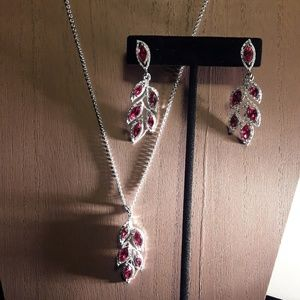 Fashion Set Silver and Ruby Leaves Set